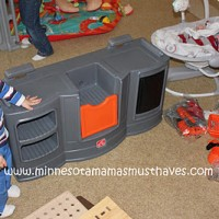 2011 Holiday Gift Guide: The Home Depot Big Builders Workshop Playset from Step2 Review!