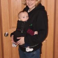 ERGObaby Papoose Coats Review AND Papoose Coat Giveaway to 4 Lucky Winners!