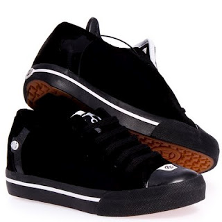 Heelys are not just for Kids Anymore…Dads Getting In On The Fun??