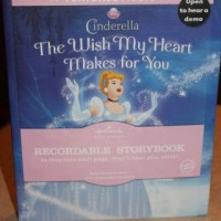 Hallmark Partners With Disney On Ice! {Hallmark Recordable Story Book & Disney On Ice Giveaway!}