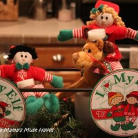 The Elves Are Back! Elf Magic Elves Return From The North Pole!
