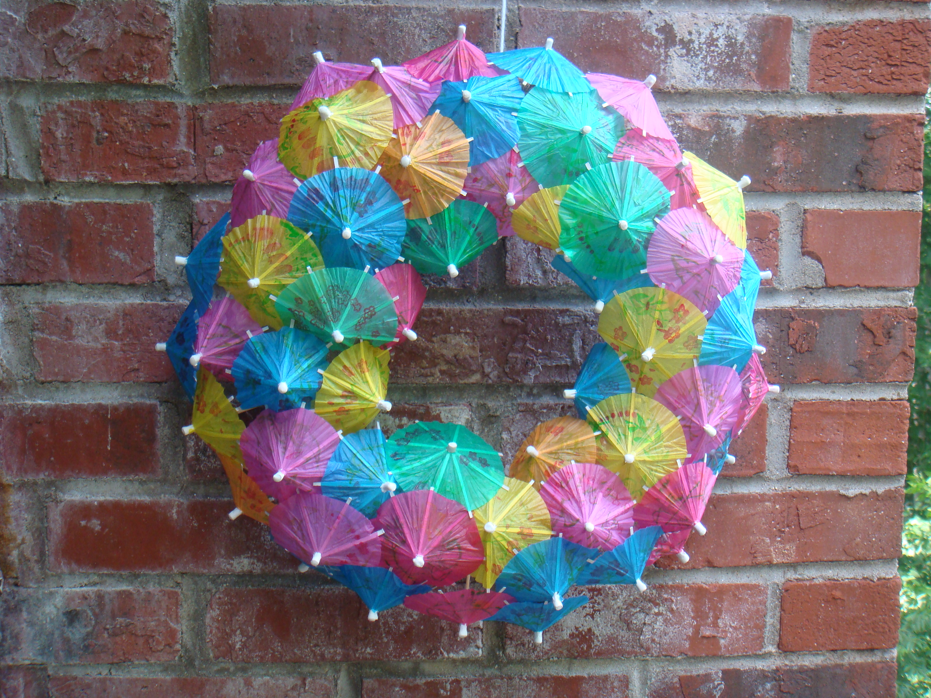 DIY Cocktail Umbrella Wreath Tutorial
