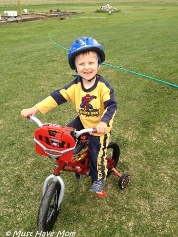 Aiden Learns To Ride & Fix His New Huffy Bike!