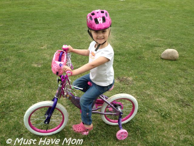 Danika's New Huffy Disney Princess Bike!
