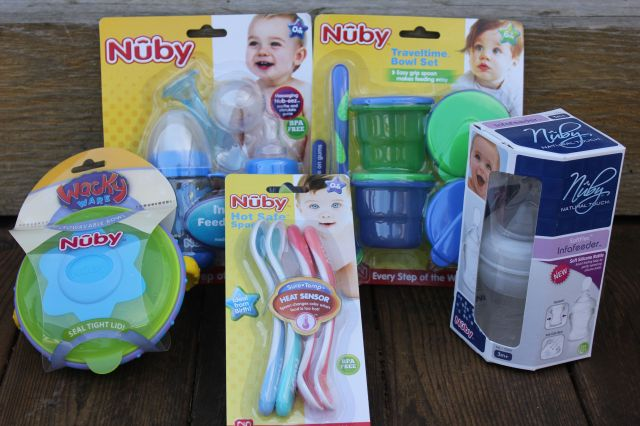 How To Make Your Own Baby Food & Take It On The Go! { + Nuby Giveaway! }