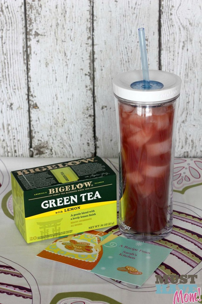 Iced Strawberry Green Tea - Must Have Mom