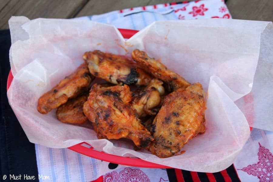 Grilled Hot Wings Recipe - Must Have Mom