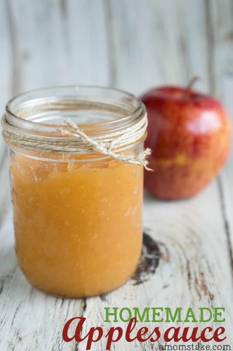 Easy-Homemade-Applesauce