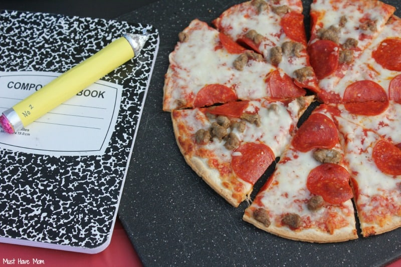 Backyard Back To School Party + Pizza On The Grill! Free Printables, Craft Tutorials & More!