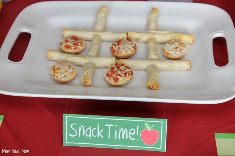 Bagel Bite & Taquito Tic Tac Toe #AfterSchoolSnacks #Shop