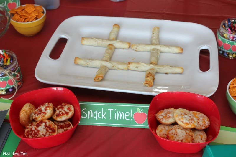 Bagel Bite Tic Tac Toe #AfterSchoolSnacks #Shop
