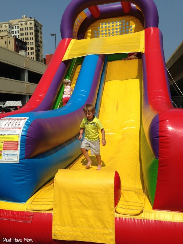 Day Out With Thomas Bounce House