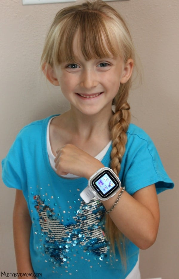 Help kids learn to tell time with the VTech Kidizoom Watch - Musthavemom.com