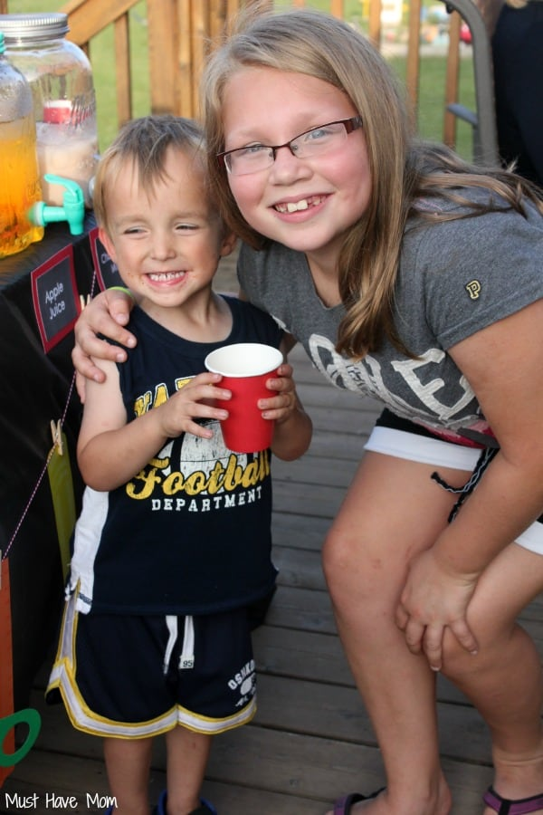 Kids at the Back To School Party #FoodMadeSimple #Shop