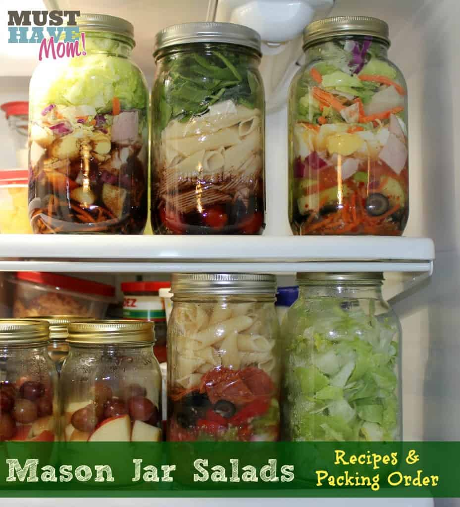 Mason-Jar-Salads-With-Recipes-Packing-Order-929x1024