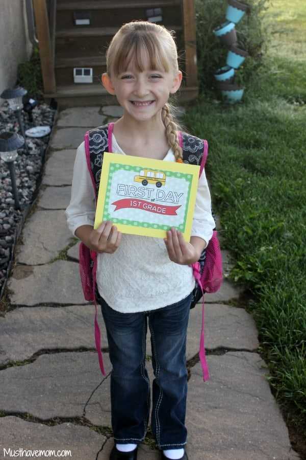 Danika's First Day of First Grade -Musthavemom.com