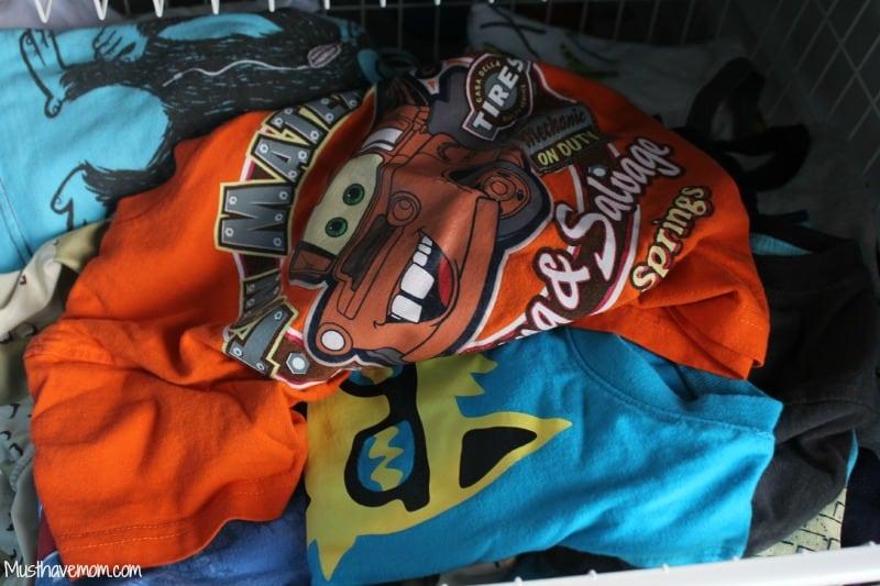 Kids messy clothing drawer -Musthavemom.com