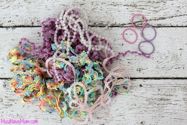 DIY Boutique Yarn Hair Tie