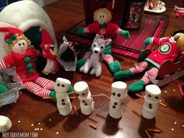Elfcapades Snowmen