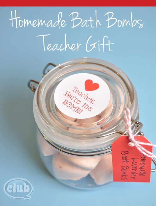 Homemade-Bath-Bomb-teacher-gift-idea