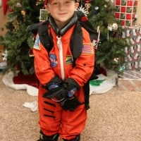Helping Kids Learn And Explore In Playful, Imaginative Ways: Have An Outer Space Theme Day!