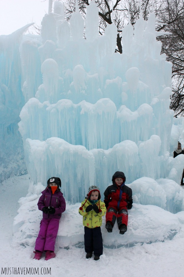 Minnesota Ice Castles Bench
