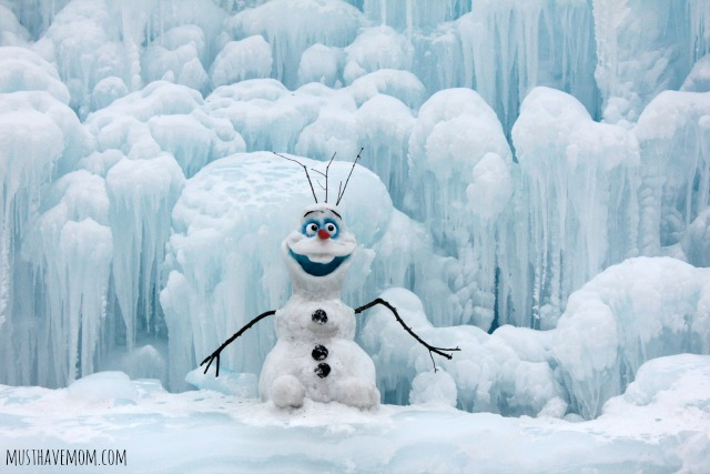 Minnesota Ice Castles Olaf Snowman Sculpture