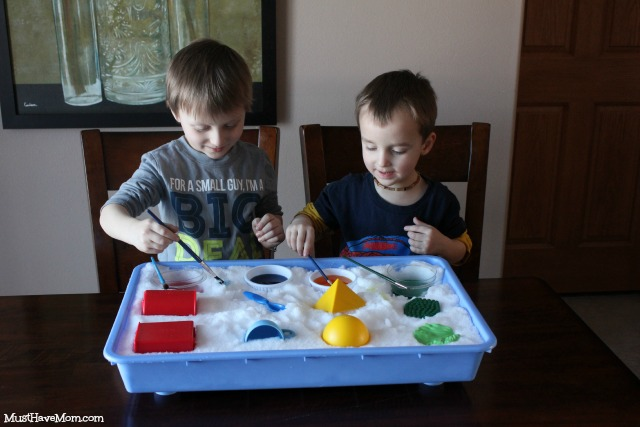 Painting with indoor snow paint