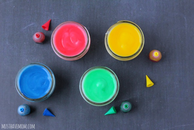 Edible Finger Paint Recipe -Musthavemom.com
