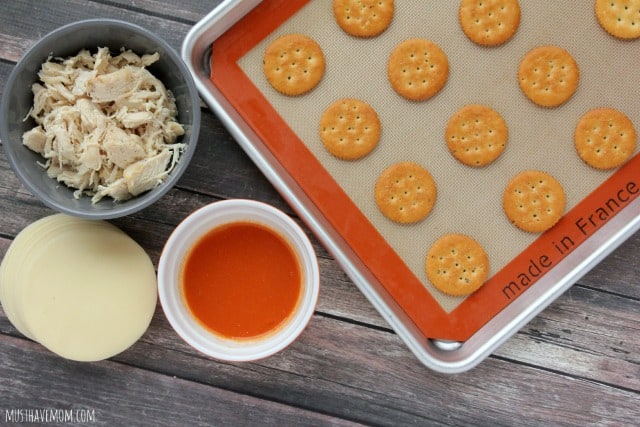 Buffalo Chicken Ritz Crackers