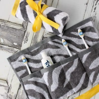 DIY Travel Toothbrush Holder You Can Wash & Reuse!