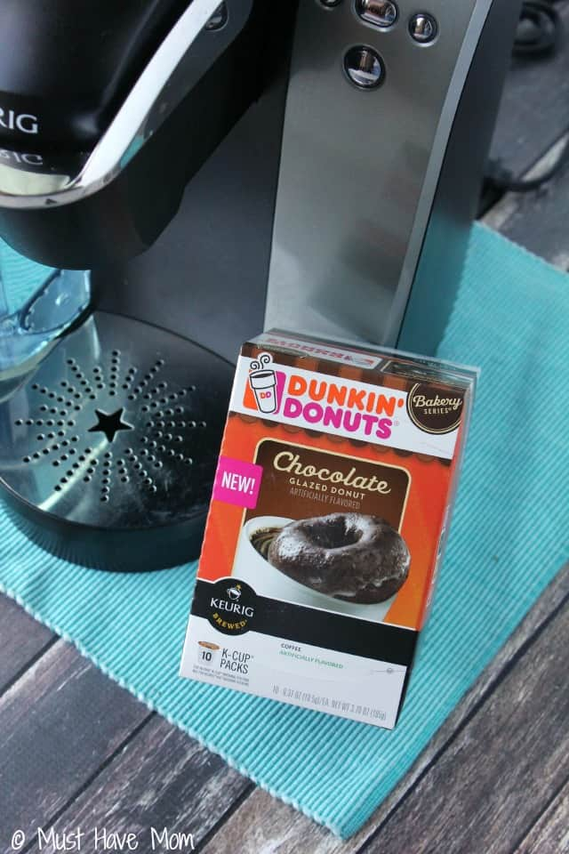 Dunkin Donuts Oreo Iced Coffee Recipe using Dunkin Donuts K Cups Chocolate Glazed Donut Variety! Great Summer Drink to cool off with! Best iced coffee I've ever had!