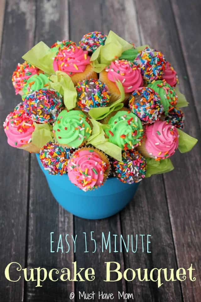 How To make A 15 Minute Easy Cupcake Bouquet - Delicious Baking Buzz