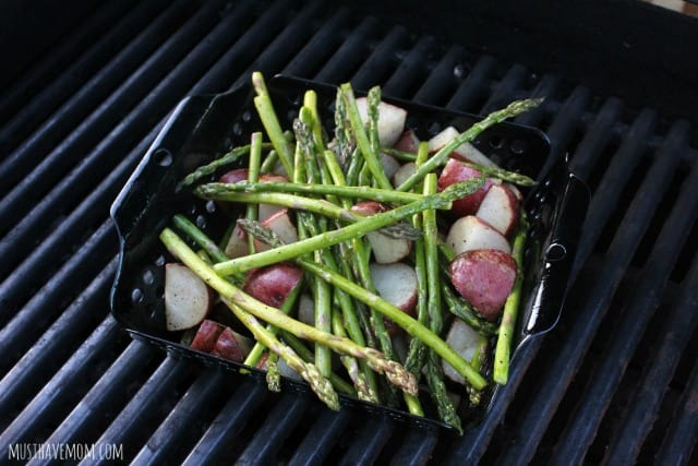 Grilled Asparagus and Baby Red Potatoes Recipe