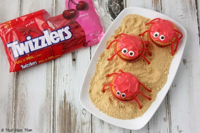 Crab Cupcakes dessert idea for a beach party or summer dessert idea! Would be great for an ocean themed party too!