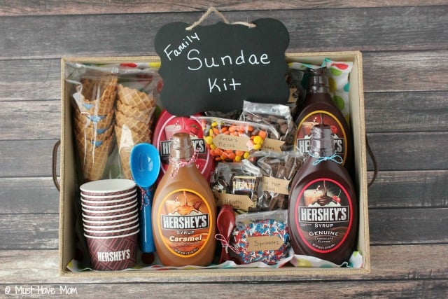DIY Family Sundae Kit idea! Perfect for neighbor gift, outdoor get togethers, family gift idea, and more! Lots of cute ideas to make it special!