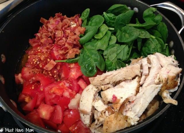 One Skillet Italian Chicken in Garlic Cream Sauce Recipe. Easy Sunday dinner for the family that provides restaurant quality taste!