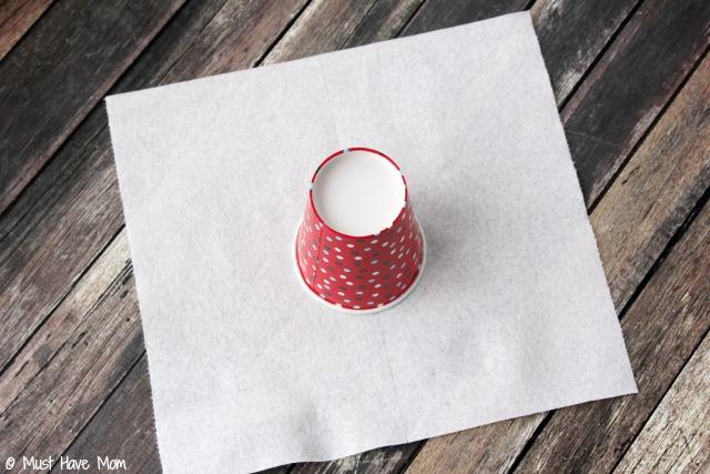 Easy 3 step diy paper bowls kids craft idea for Diy paper bowl