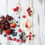 Cinnamon Graham Mini Fruit Pizzas Recipe