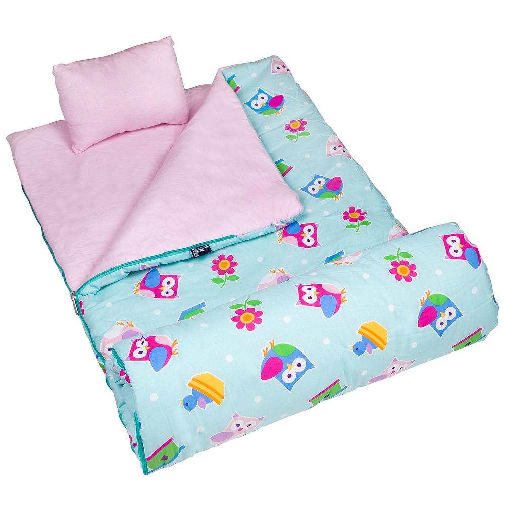 Summer travel tips: Bring along a sleeping bag to reduce bedding use