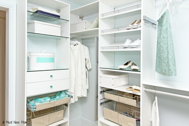 15 Tidying Tips That Actually Work! Get organized, decrease your clutter and live with less stuff!