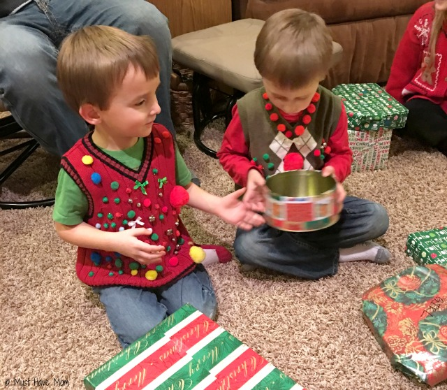 How to host an ugly Christmas sweater party. Ugly sweater party food ideas, ugly sweater voting box, ugly sweater games, prizes, and ugly sweater printables!