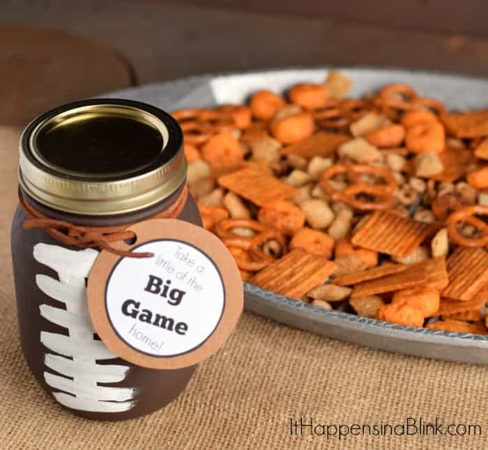 Game Day Traditions! Great ideas to get ready for the big game! Love these football traditions and football recipes. Definitely need to do these this year!