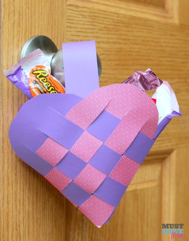 How To Make A Woven Heart Basket : Woven heart basket pattern tutorial create a valentine