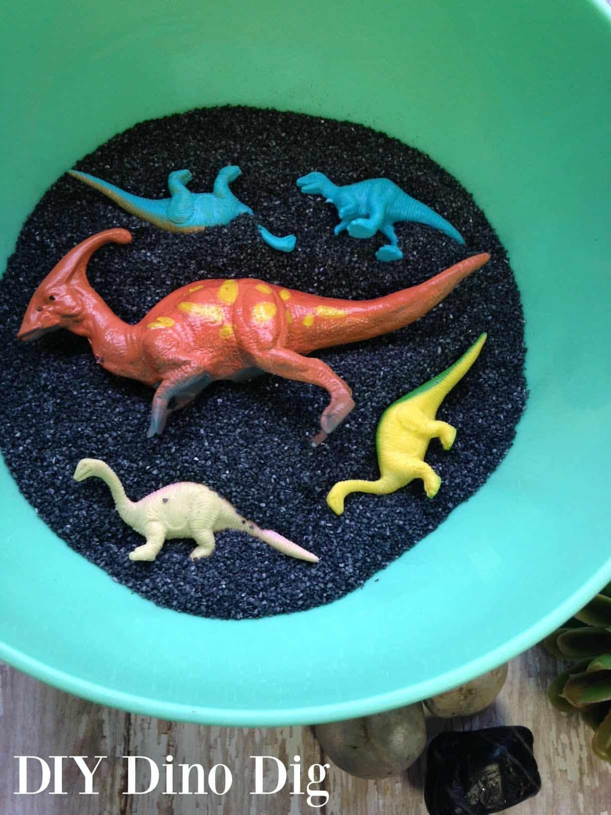 DIY Dinosaur Dig Craft Idea