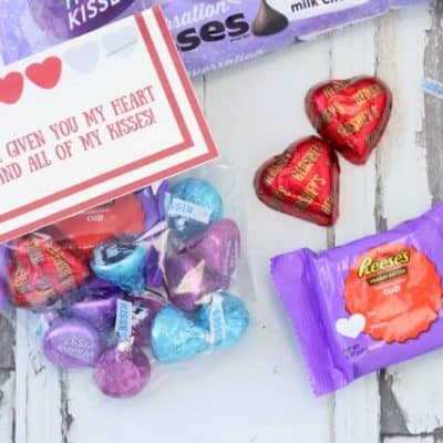 Free Printable Valentine's Day Treat Bag Topper!