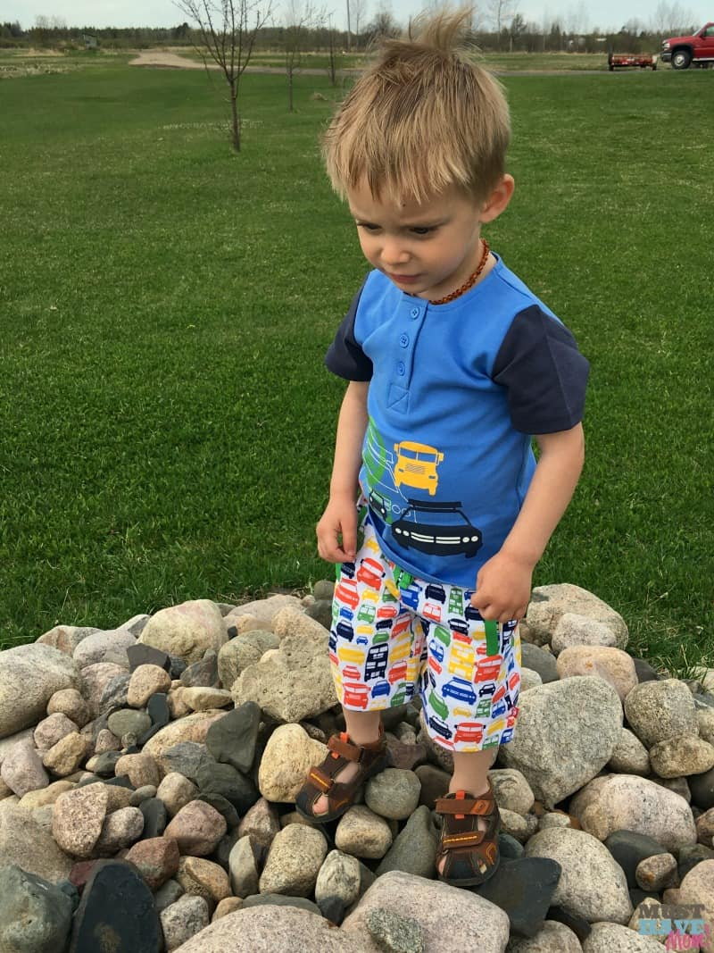 Fun Summer activities for toddlers and preschoolers + Our favorite Zutano clothing for all Summer long!