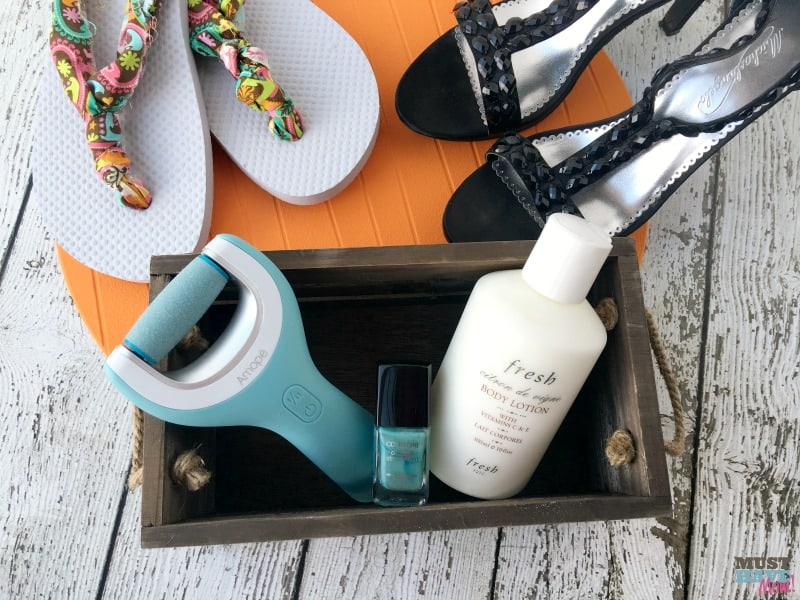 Get your feet date night ready! Go from beach to date night with this easy routine to pretty your feet up!