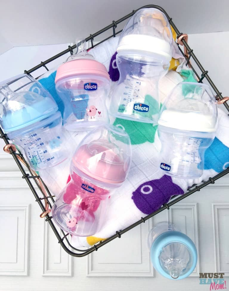 Which bottle most closely mimics breastfeeding? Tips from a mom of 4 and RN on which bottle is best when switching between bottle and breast!