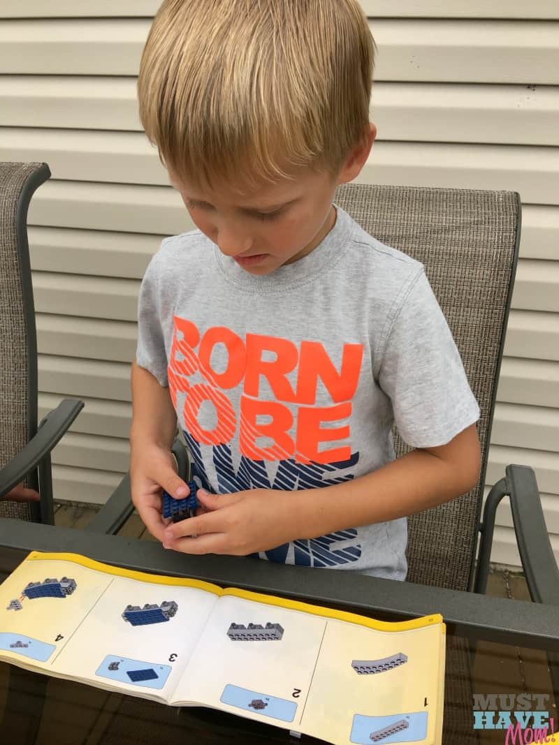Teach your kids to entertain themselves using creativity and imagination! It's important for kids to learn to play by themselves and use their imagination. I'll show you easy steps to achieve this!